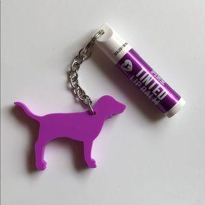 5️⃣ for 2️⃣5️⃣ VS PINK Lip balm and keychain